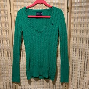 American Eagle kelly green pullover sweater